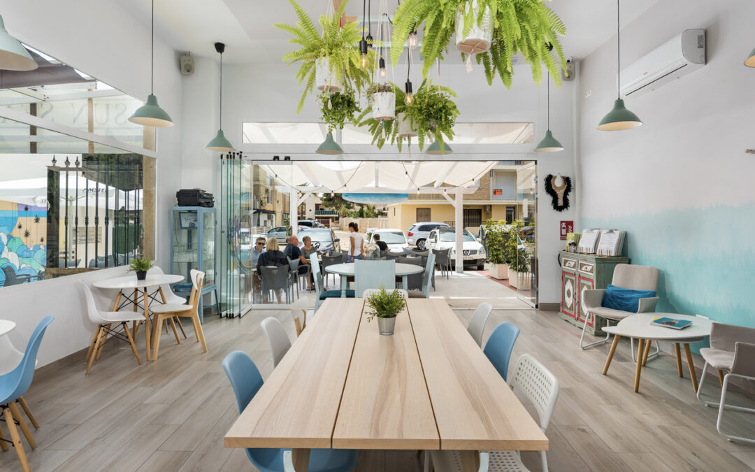 Visit Cala Cerrada in La Zenia, the Orihuela Costa´s summer beach
