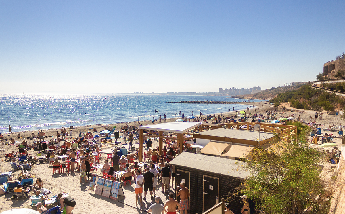 Orihuela Costa Chiringuitos, the Spanish summer beach bars