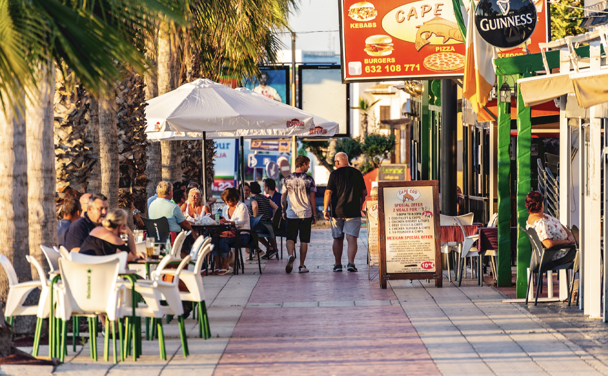 Bars and restaurants on the Costa Blanca to open from Tuesday 2nd March